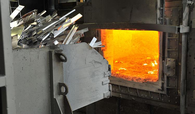Liebherr Lader Aluminumstangen
